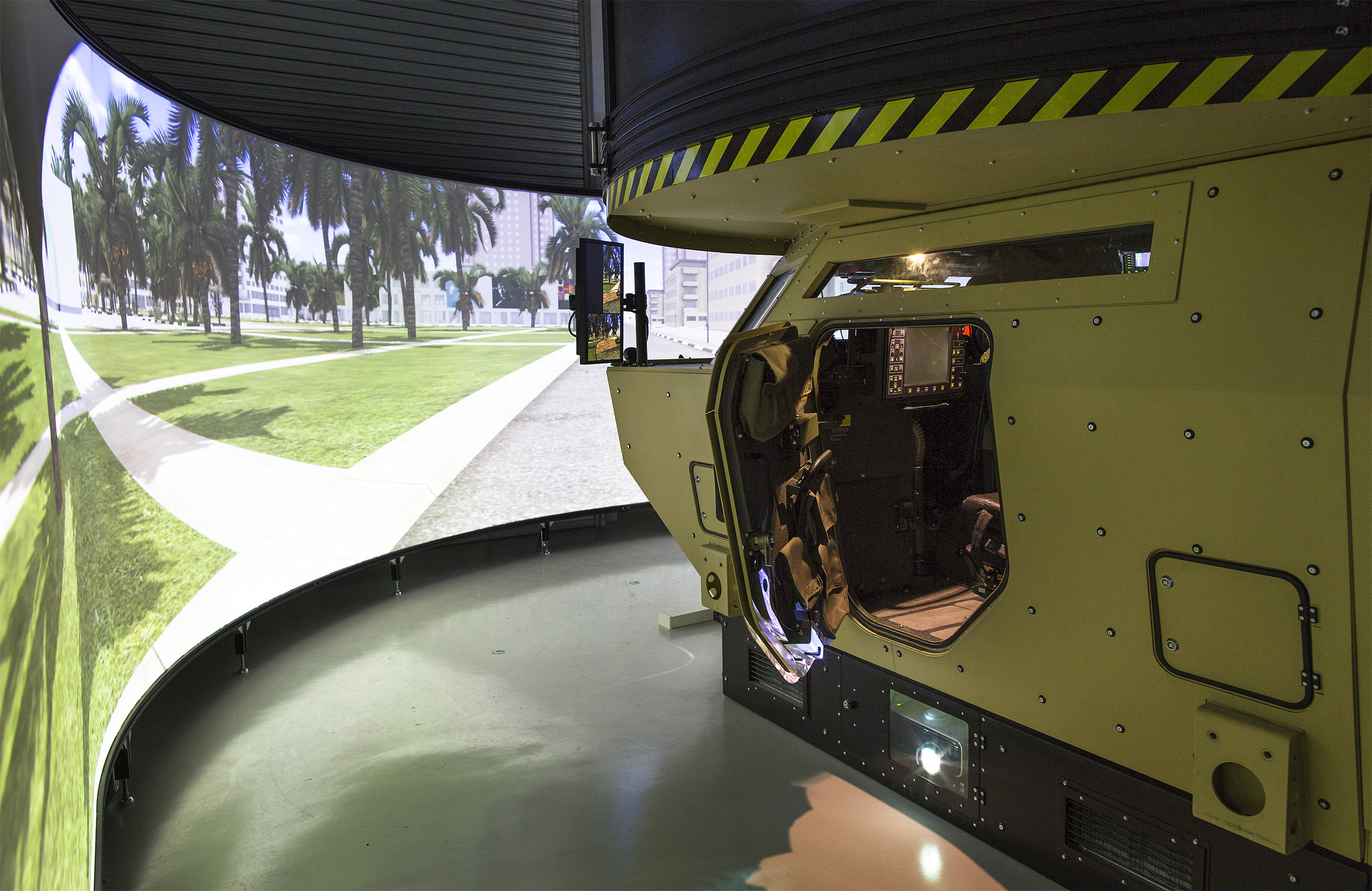 Fennek-Simulator-Training-KMW